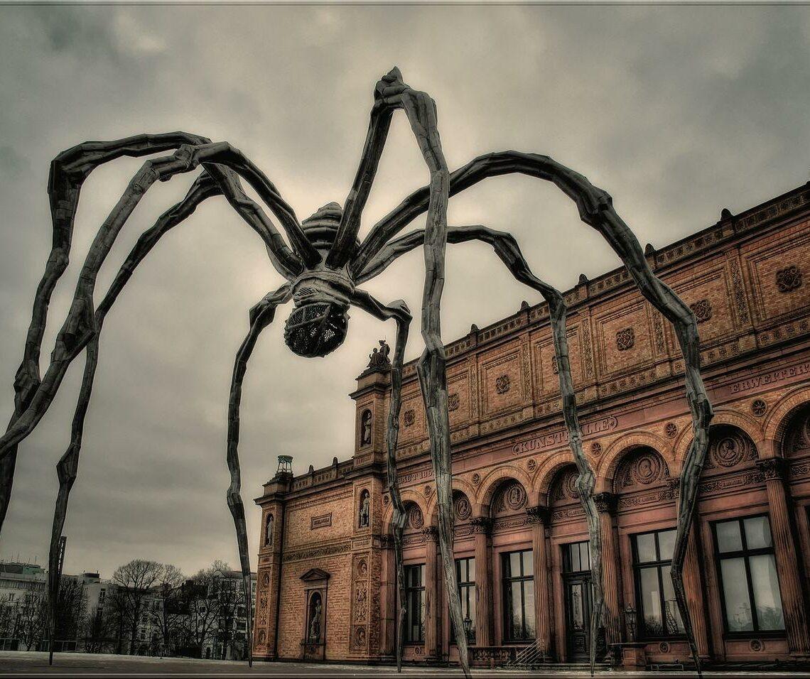Maman, Sculpture de Louise Bourgeois illustre phobie-des-animaux-rats-araignee